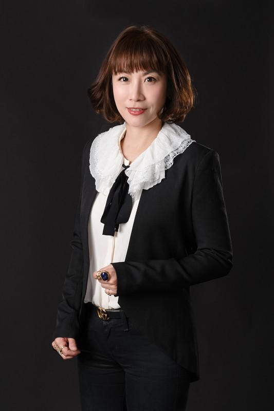 資深合夥律師兼執行長 陳姵君律師