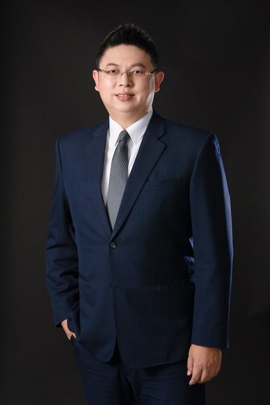 資深合夥律師兼營運長 林俊儀律師
