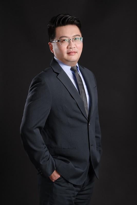 資深合夥律師兼財務長 盧明軒律師