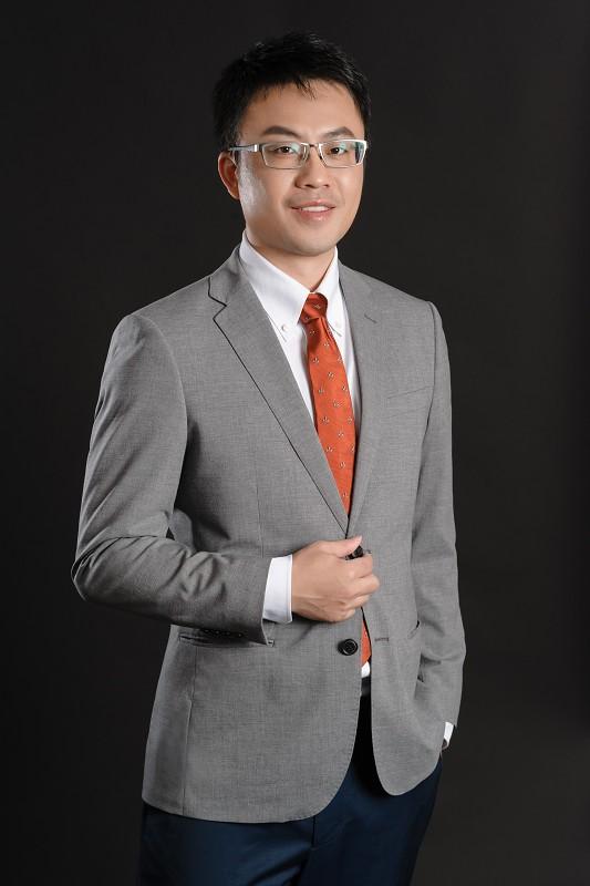 資深律師 王俊傑 律師